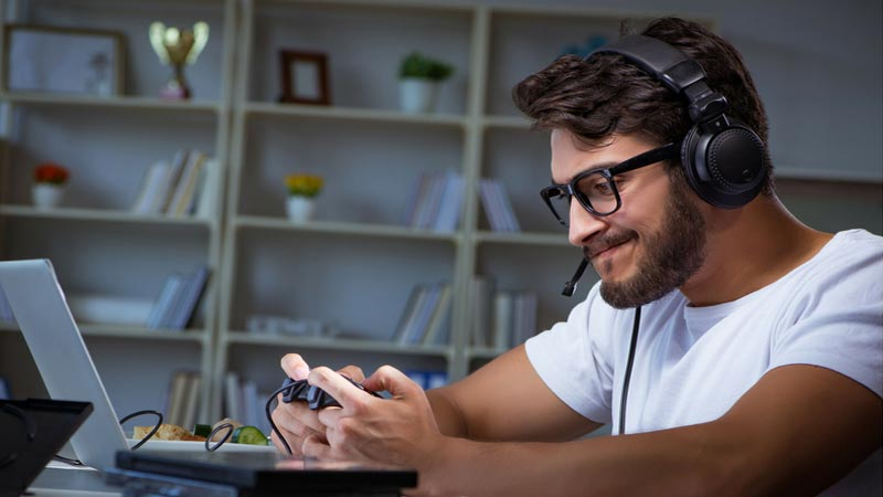 Can-Time-Spent-Playing-Online-Games-Help-Teens-Develop-Cultural-Competency